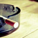 タバコを吸うと薄毛になりやすい?